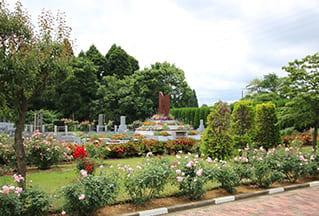 イギリスの樹木葬と東京近郊にあるバラのある樹木葬